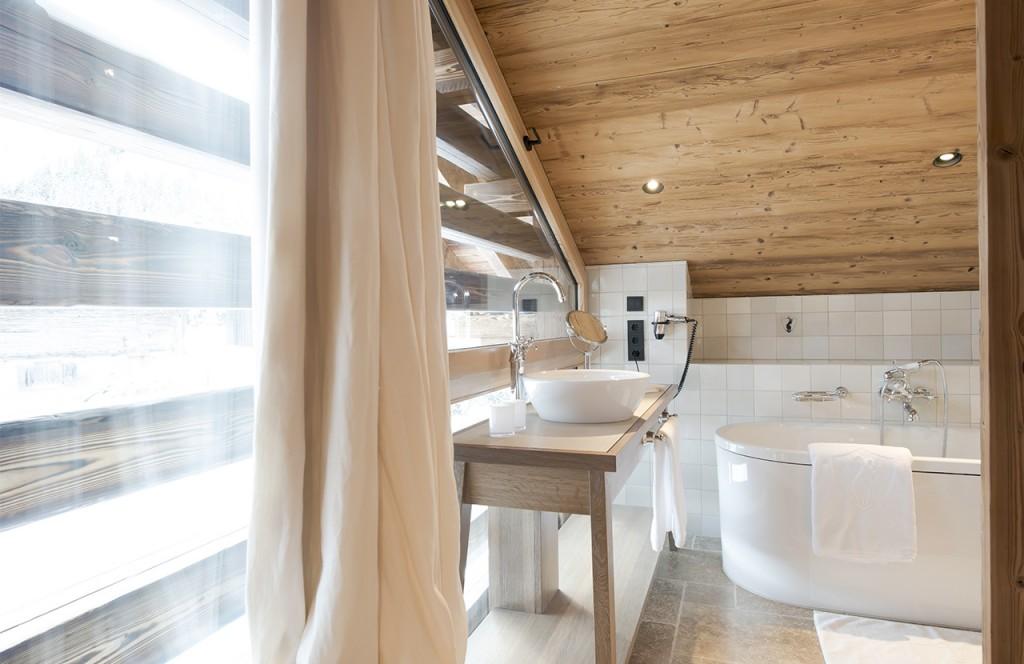 chalet-lech-luxuschalet-am-arlberg-lech-lodge-badezimmer-Arlberg_01