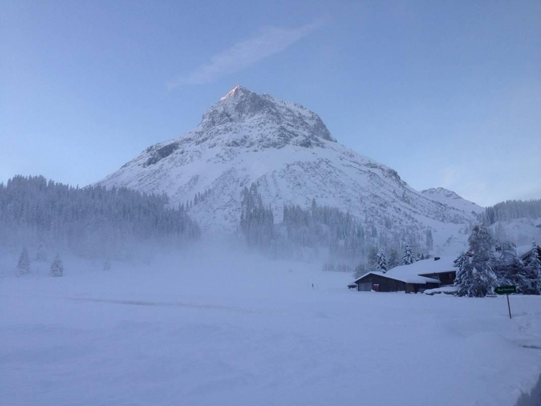 Erster Schnee am Arlberg im Oktober 2014