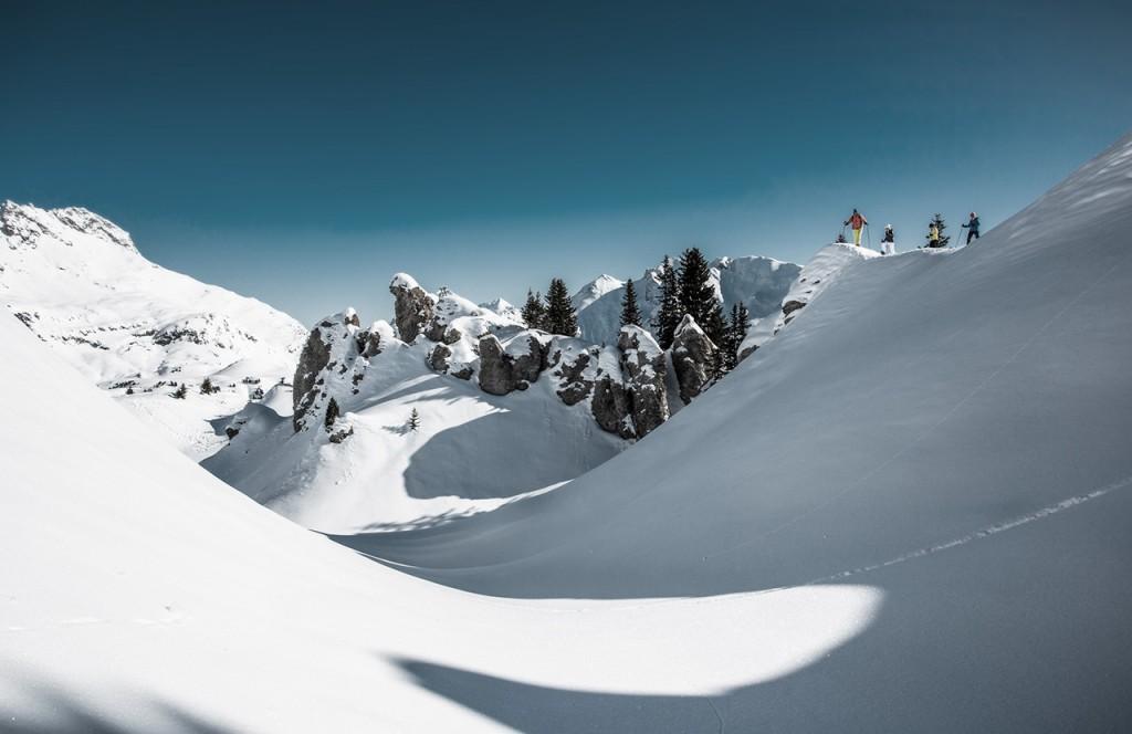 chalet-lech-luxuschalet-am-arlberg-lech-lodge-luxusferienwohnung-winter-skifahren-ausflug-landschaft